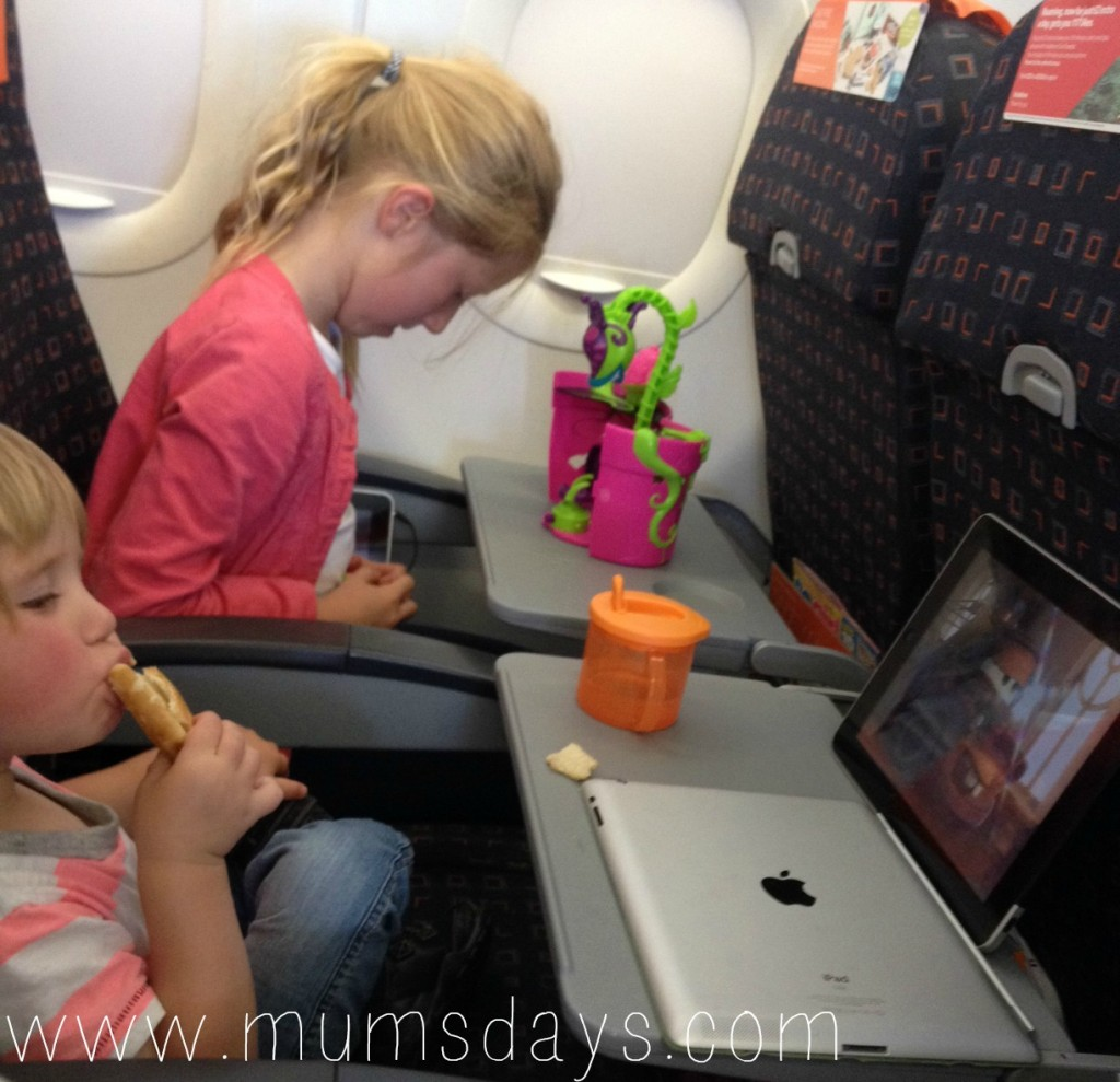 Family holiday in the Algarve, South Portugal - sun and sand with a toddler and pre-teen: http://mumsdays.com/portugal/