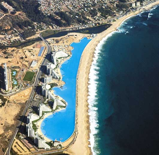The 7 Best Swimming Pools in the World for kids. No.1 San Alfonso Del Mar Resort Chile http://mumsdays.com/best-swimming-pools-kids/